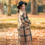Autumn Lady Mantel